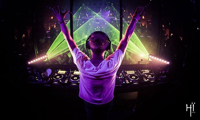 Armin Van Buuren te muestra su detrás de escena