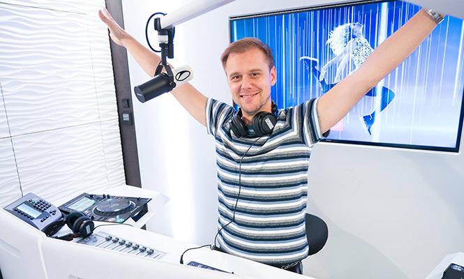 Armin juntó lo mejor del año en el «Year Mix 2017»