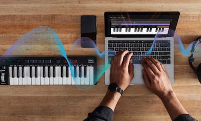 Amazon reveló su nuevo teclado MIDI con inteligencia artificial