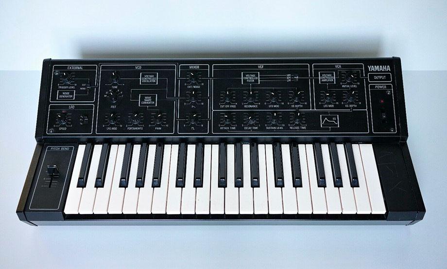 Subastan en eBay un sintetizador Yamaha CS-5 usado por Aphex Twin