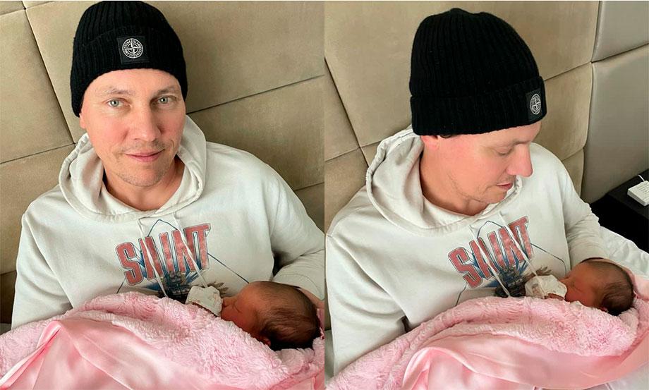 Tiesto presentó a su hija en redes sociales