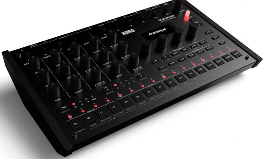 Korg presentó una nueva caja de ritmos híbrida llamada Drumlogue