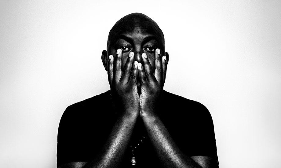 El sudafricano Themba prepara nuevo álbum grabado en directo