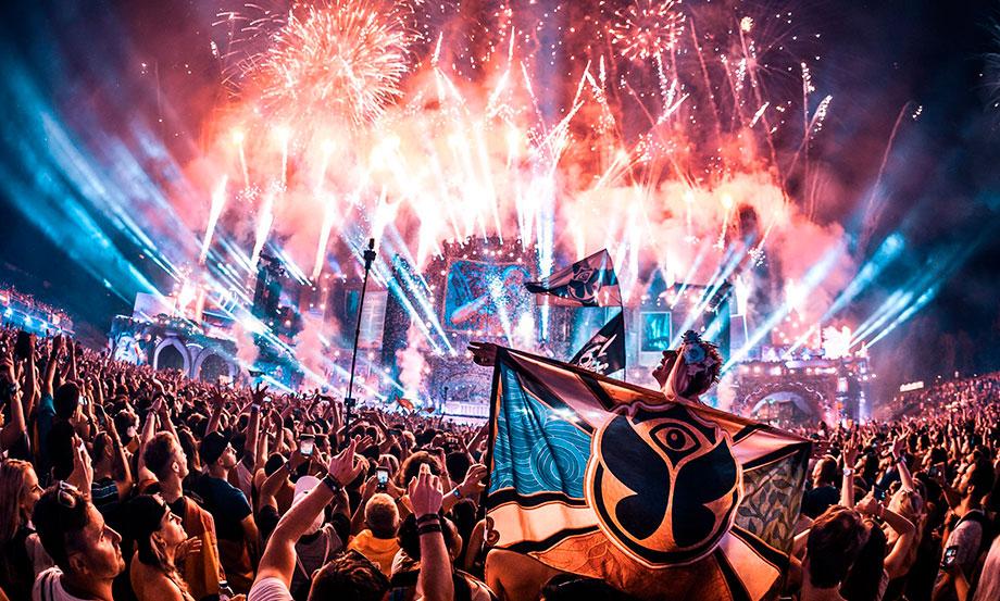 Tomorrowland tendrá su propia montaña rusa en un parque de diversiones de Bélgica
