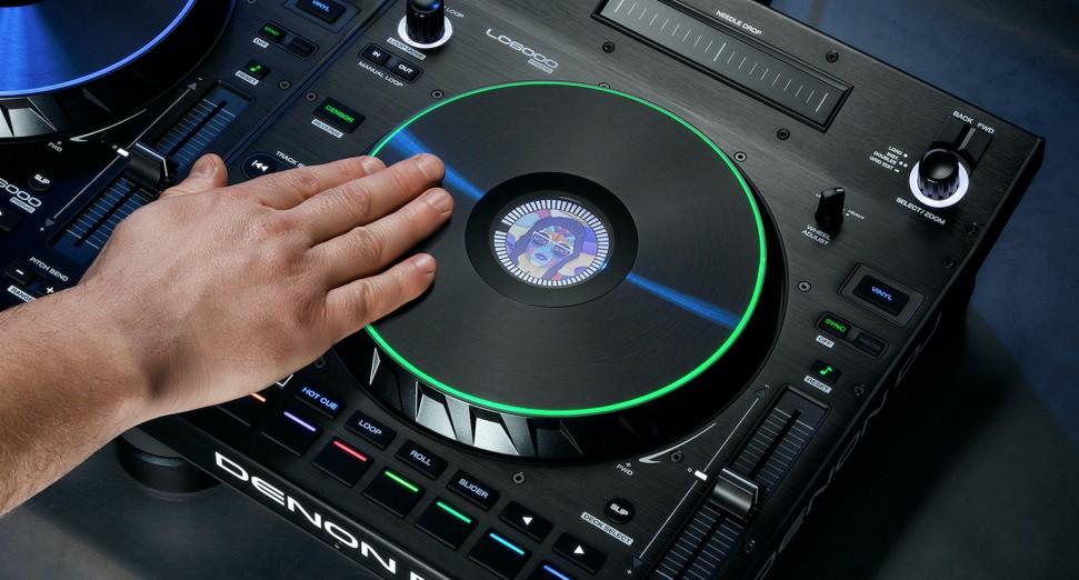 Denon DJ anunció su nuevo controlador LC6000
