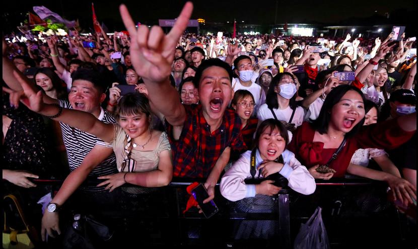 11 mil personas asistieron a un festival de música en Wuhan, China