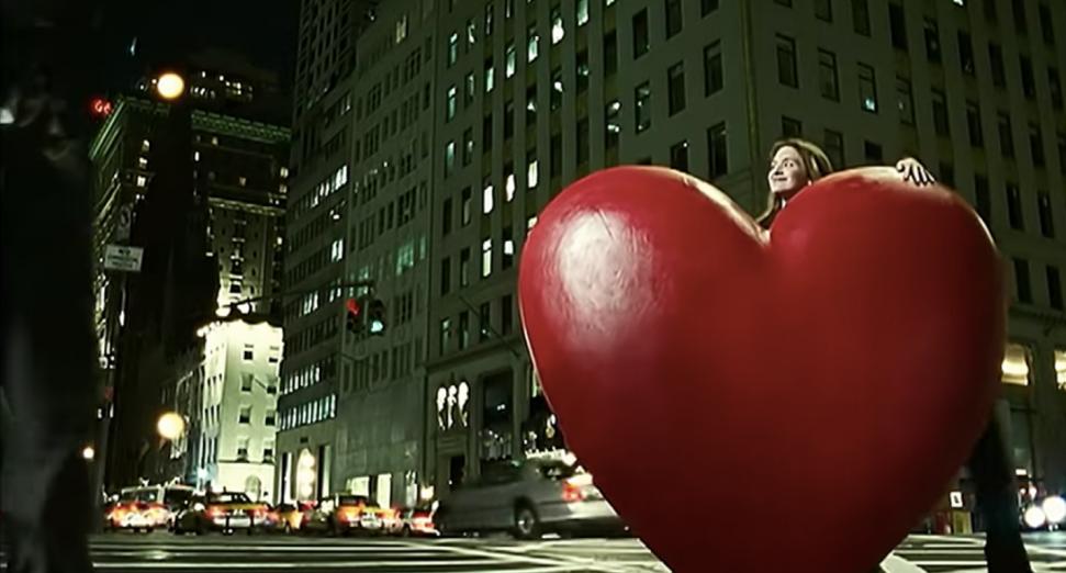 """A veinte años de su estreno, el video de """"Another Chance"""" de Roger Sanchez fue remasterizado"""