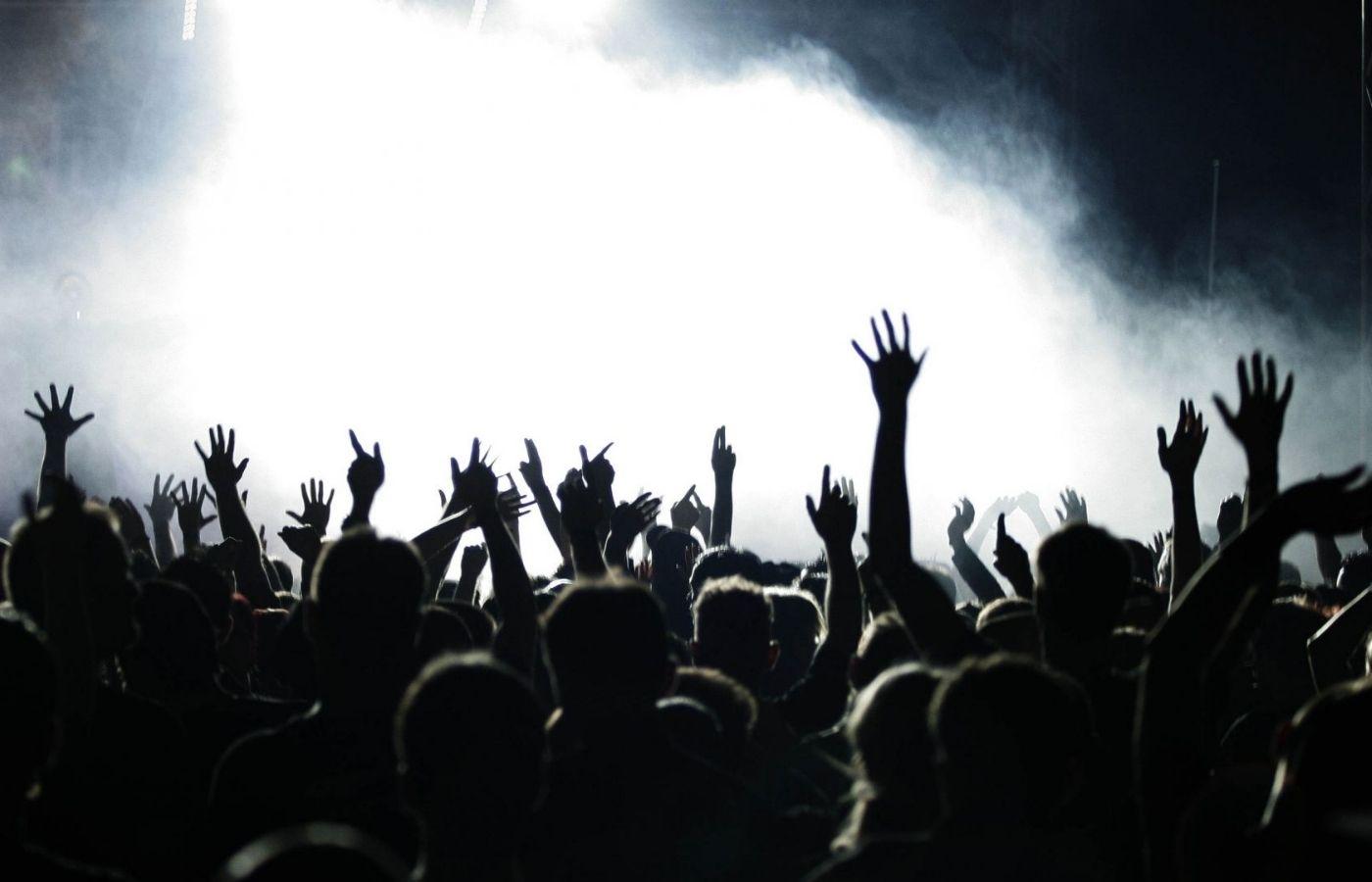 La industria de la música en vivo podría volver a sus ganancias anteriores al COVID-19 recién en 2025