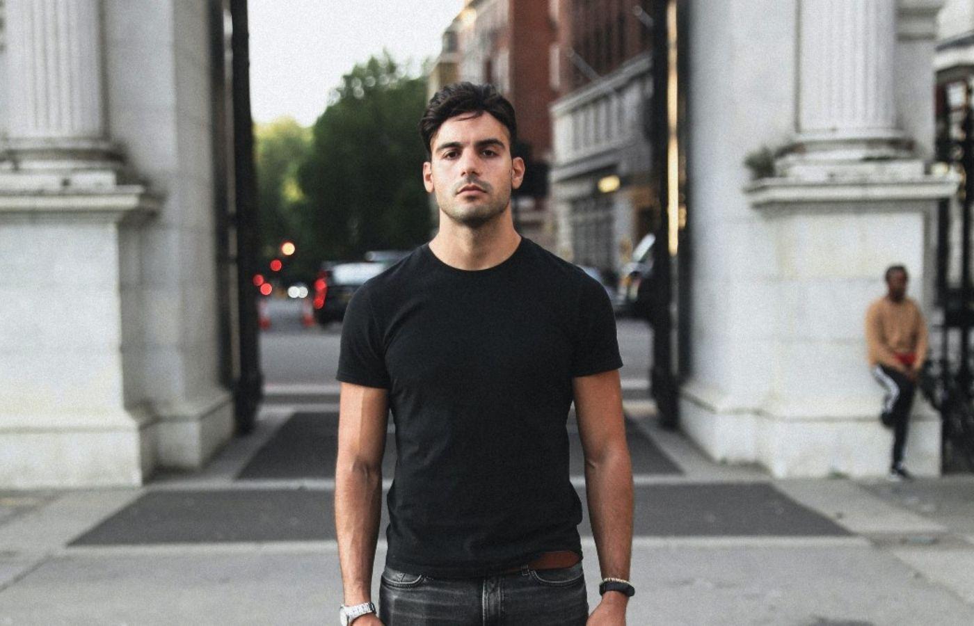 Del mercado financiero al mundo de la música: Jalal Ramdani se consolida en la escena del afro house