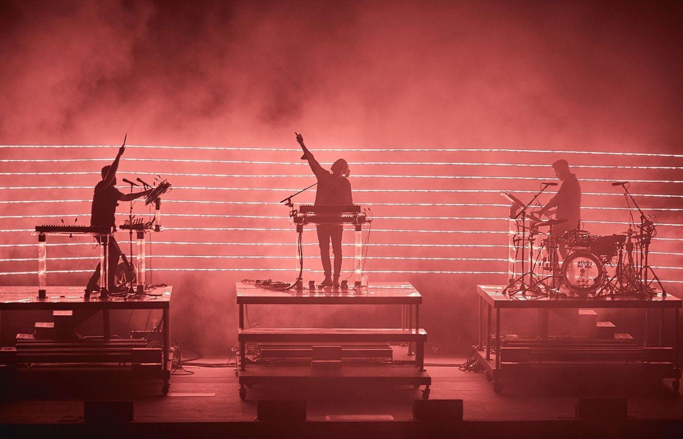 """RÜFÜS DU SOL anunció su nuevo álbum """"Surrender"""" con nuevo single"""